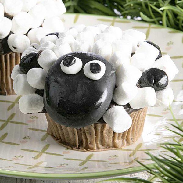 Schäfchen-Muffins für die Ostertage einzeln